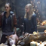 The 100 - Episode 2.09 - Remember Me - Clarke et Raven