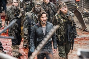 """The 100 -- """"Join Or Die"""" -- ImageHU313a_0178 --Pictured: Henry Ian Cusick as Kane -- Credit: Dean Buscher/The CW -- © 2016 The CW Network, LLC. All Rights Reserved"""