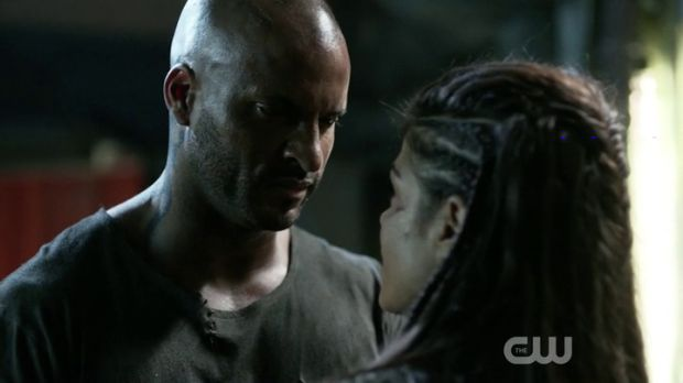 the 100 3x09 Lincoln et octavia