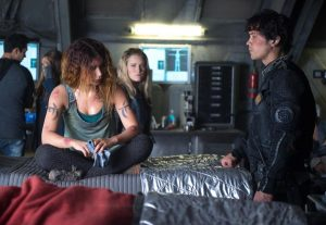 the 100 4x03 photo Luna bellamy clarke
