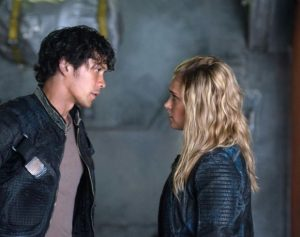 the 100 4x03 photo bellamy clarke 2