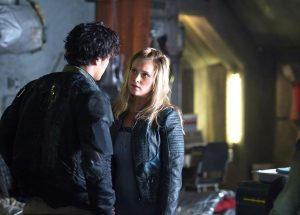 the 100 4x03 photo bellamy clarke